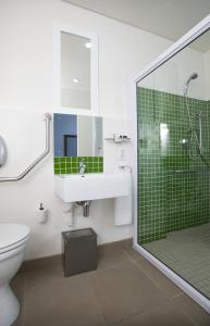 Twin Room with Shower - Disability Access