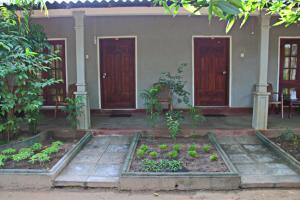 Paradise Guest House, Guest houses  Habarana - big - 63