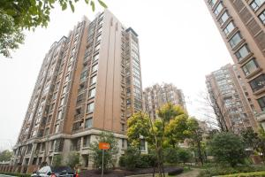 Photo of Yl International Serviced Apartment New Hong Qiao Landscape