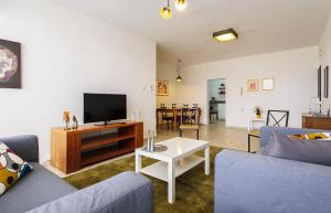 Kfar Saba Center Apartment, Appartamenti  Kefar Sava - big - 6