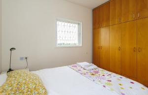 Kfar Saba Center Apartment, Appartamenti  Kefar Sava - big - 7