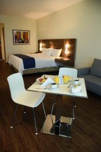 Standard Double Suite with Kitchenette