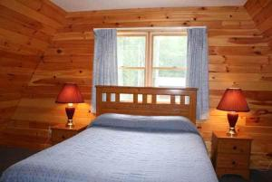 Three-Bedroom Chalet - Cabin I & J