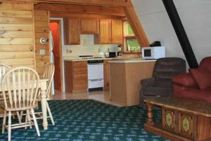 Three-Bedroom Chalet- Cabin G