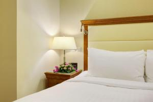Executive Superior Room with Lounge Access