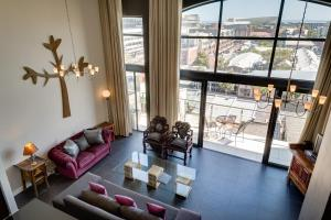 Two-Bedroom Penthouse Apartment - Rockwell