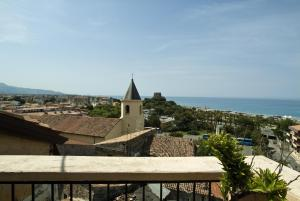 B&B Lavinium, Bed & Breakfasts  Scalea - big - 26