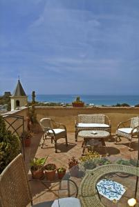 B&B Lavinium, Bed & Breakfasts  Scalea - big - 1