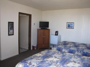 Double Room with Two Double Beds - #2