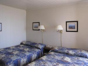 Double Room with Two Double Beds - #4