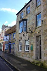 No.52 Bed & Breakfast in Helston, Cornwall, England