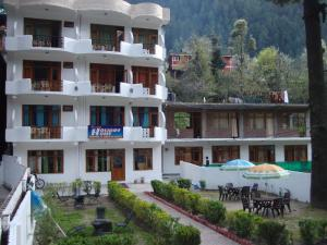 Photo of Hotel Panchali Holiday Home