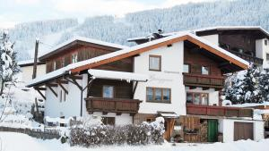 Appartement Gwiggner, Apartmanok  Niederau - big - 18