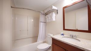 Queen Suite with Spa Bath - Non Smoking
