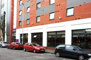 Premier Inn Belfast City Centre - Alfred Street - 11 of 21