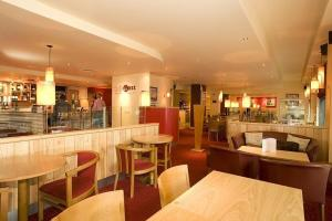 Premier Inn Belfast City Centre - Alfred Street - 1 of 21