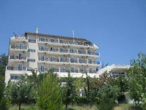 Photo of Verori Hotel Vilia Attica