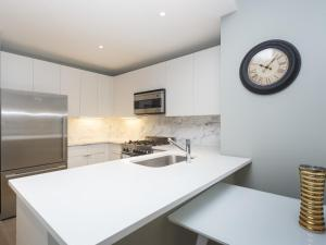 Two Bedroom Apartment - Times Square