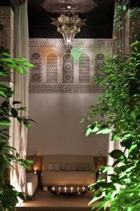 Riad Farnatchi - 24 of 29