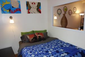 Photo of One Bedroom Apartment   Allen Street