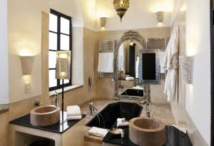 Riad Farnatchi - 17 of 29