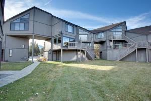 Photo of 555 Tahoe Keys Boulevard
