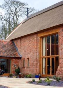 Braid Barn Luxurious Bed and Breakfast in Stokesby, Norfolk, England