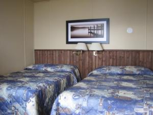 Double Room with Two Double Beds with Kitchenette - #10