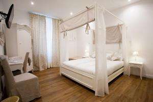 Photo of Atmosfere Guest House   5 Terre E La Spezia
