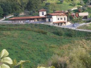 Bed & Breakfast Guglielmone, Bed & Breakfasts  Montalto Uffugo - big - 2