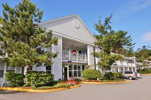 Photo of Days Inn Bar Harbor