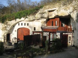 Les Troglos de Beaulieu, Bed and Breakfasts  Loches - big - 47