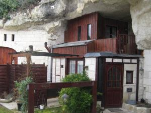 Les Troglos de Beaulieu, Bed and Breakfasts  Loches - big - 17