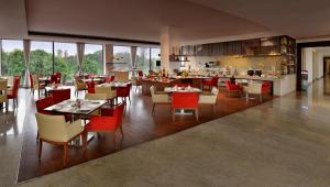 Four Points by Sheraton New Delhi, Airport Highway, Hotels  New Delhi - big - 40