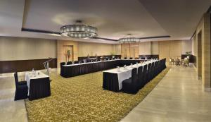 Four Points by Sheraton New Delhi, Airport Highway, Hotels  New Delhi - big - 13