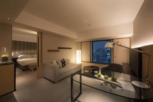 Executive King City Suite