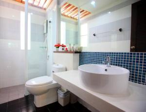 The One Cozy Vacation Residence, Hotels  Chalong  - big - 21