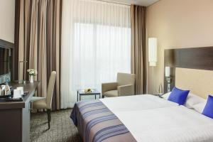 Business Plus Double and Twin Room