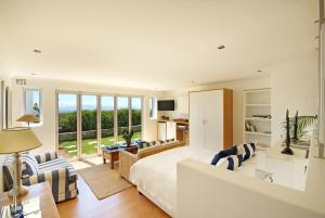 Junior Suite with Sea View 3