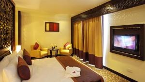 Carlton Tower Hotel, Hotely  Dubaj - big - 38