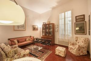 Photo of Apartments Florence S. Lorenzo Art
