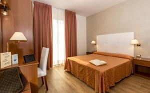 Hotel Touring, Hotely  Lido di Jesolo - big - 6