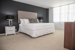 Modern Two-Bedroom Master Suite