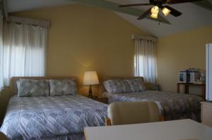 Queen Room with Two Queen Beds #1