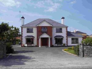 Photo of Claddagh Moon Bed & Breakfast