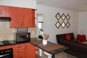 Apartment with Balcony - Unit 63