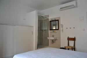 Hostal Ripoll Ibiza room photos
