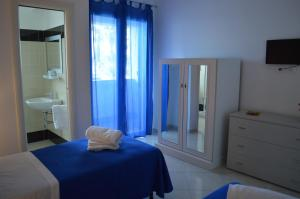 B&B Le Tre Stelle, Bed and Breakfasts  Milazzo - big - 1