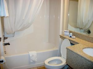 Deluxe Queen Room with Two Queen Beds - Disability Access - Non-Smoking