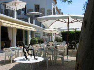 - Hotel Pierre Loti - Hotel Antibes-Juan-les-Pins, France